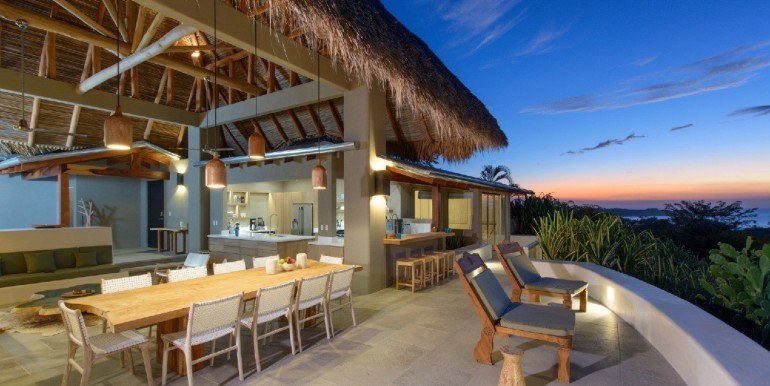 Sunset.House.021_9a360c5b-3a0e-4052-aab9-d0f92771d81e_2048x2048